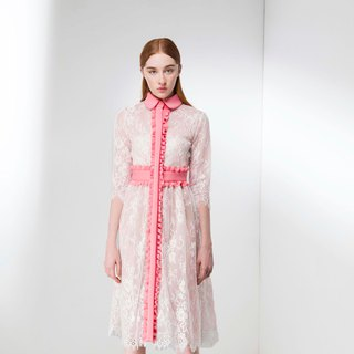 Lace perspective flounced dress