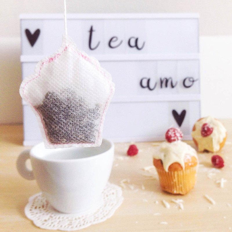 Goody bag - 5 Cupcake Shaped Tea Bags/Made in France, Handmade Tea Gift