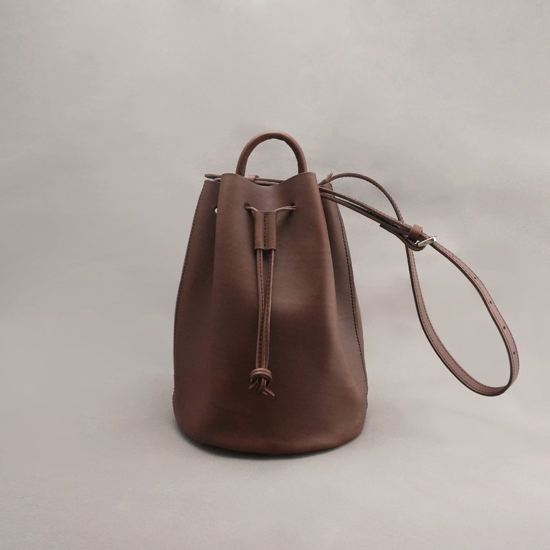 Bert Burt leather bucket bag side back bundle bag / brown vegetable tanned leather / handmade bag