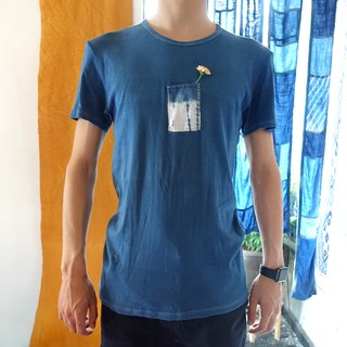 Blue dyed grass dyed patchwork environmental T-shirt recycling