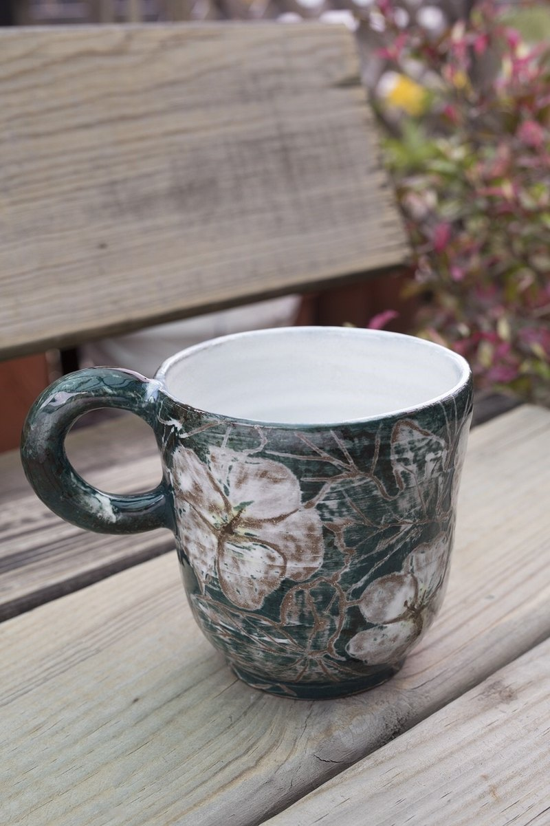 Cotton Engraved_Pottery Mug