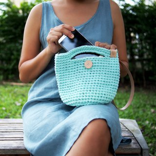 Handmade crochet bag light green (t-shirt yarn) with natural color leather strap