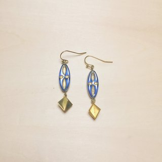Vintage blue long glass earrings