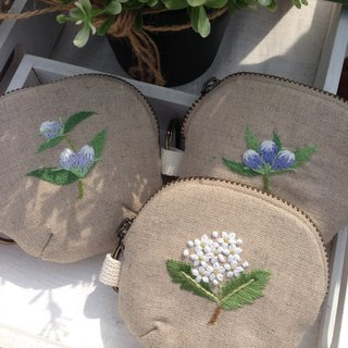 Hand-embroidered coin purse (Hannah Hydrangea/Japanese gentian)