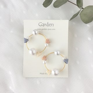 circle earrings blue pink gold
