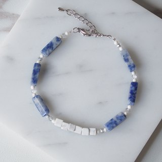 Temperament square pillow blue stone · natural white turquoise square beads · bracelet bracelet · gift