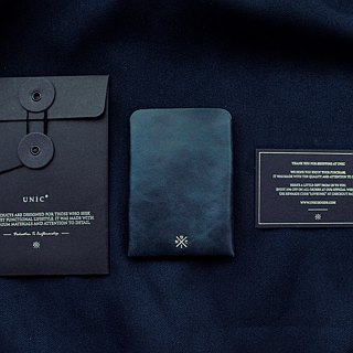 Unic Slim Card Case