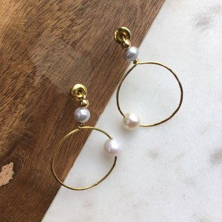 Pearl brass earrings pin ear clips / big beads beads