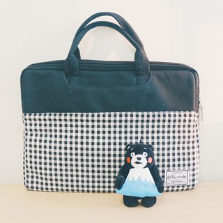 Black Plaid - Colorblocked Cloth Laptop Case (13-14吋) / 815a.m