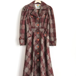 Vintage classic plaid vintage wool coat