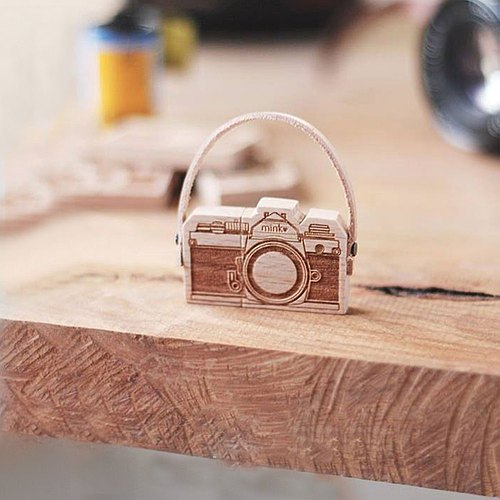 Nikon Time Camera Customized Handcrafted USB Flash Drive / Custom Name Keyring