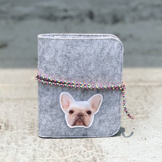 Customized pet hair/felt passport holder