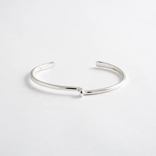 Pittsburgh staff person brand Studebaker Metals pure hand-forged Avanti Cuff sterling silver bracelet