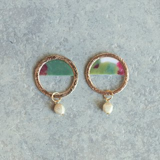 1 point only / frame earring / earring