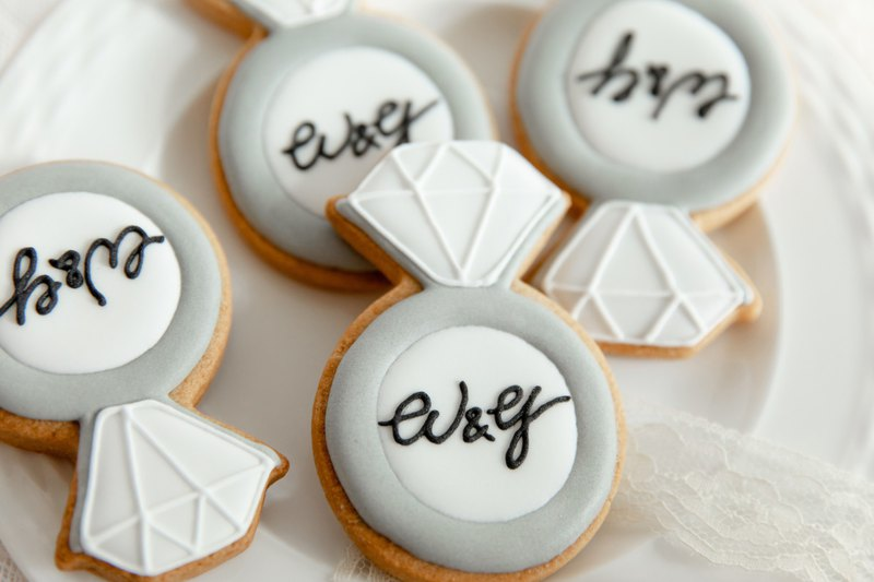 Ring 10 Piece Sugar Frost Cookies / Wedding Small Things