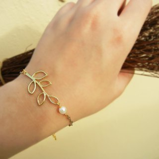 *coucoubird*hollow leaf bracelet