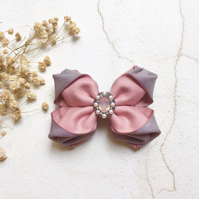 Matte texture two-color three-dimensional bow spring clip or intersecting clip (banana clip) / powder + gray
