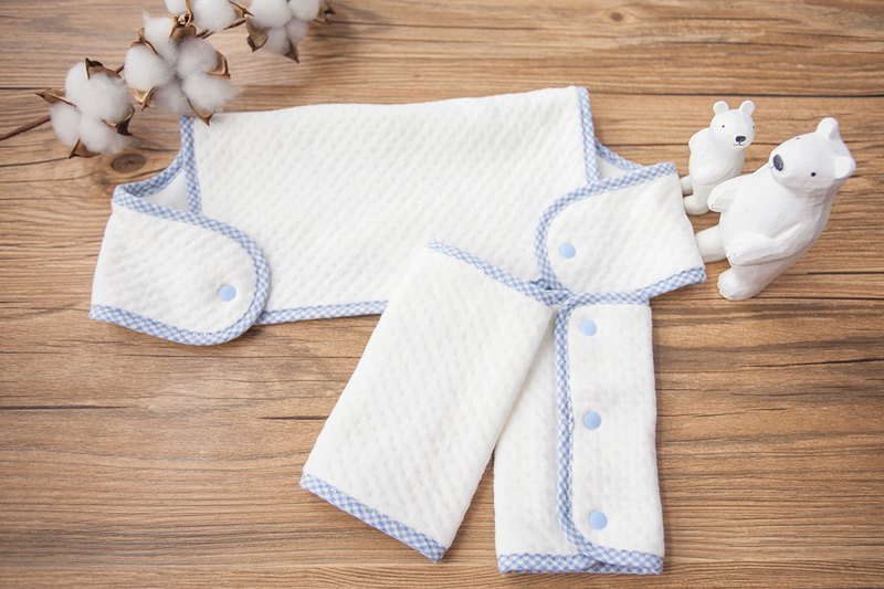 My little star organic cotton hand made strap saliva towel gift box