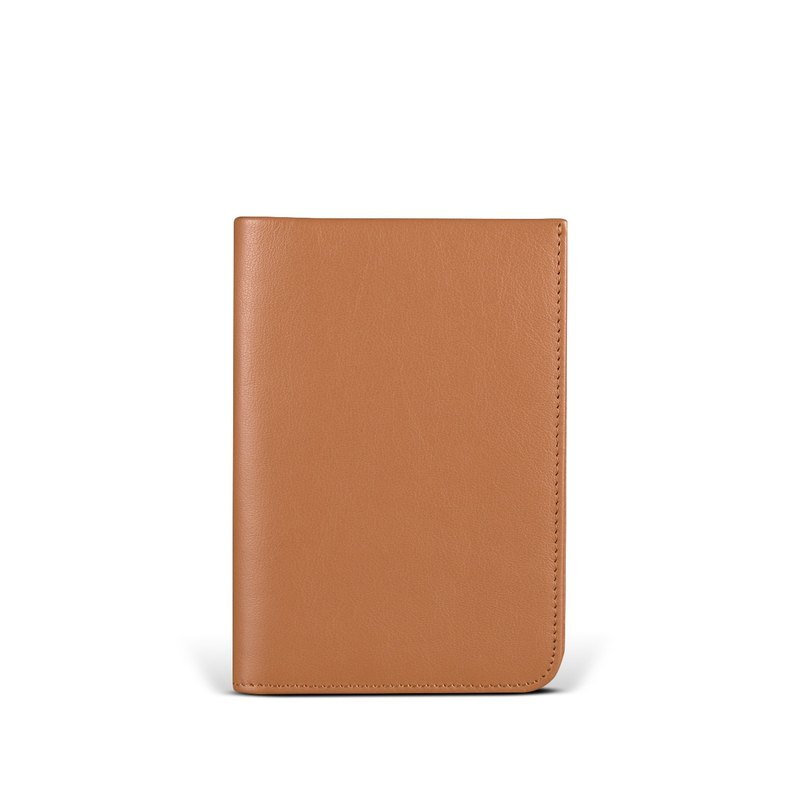 STORYLEATHER stock Voyager passport holder + brand name Style 91157
