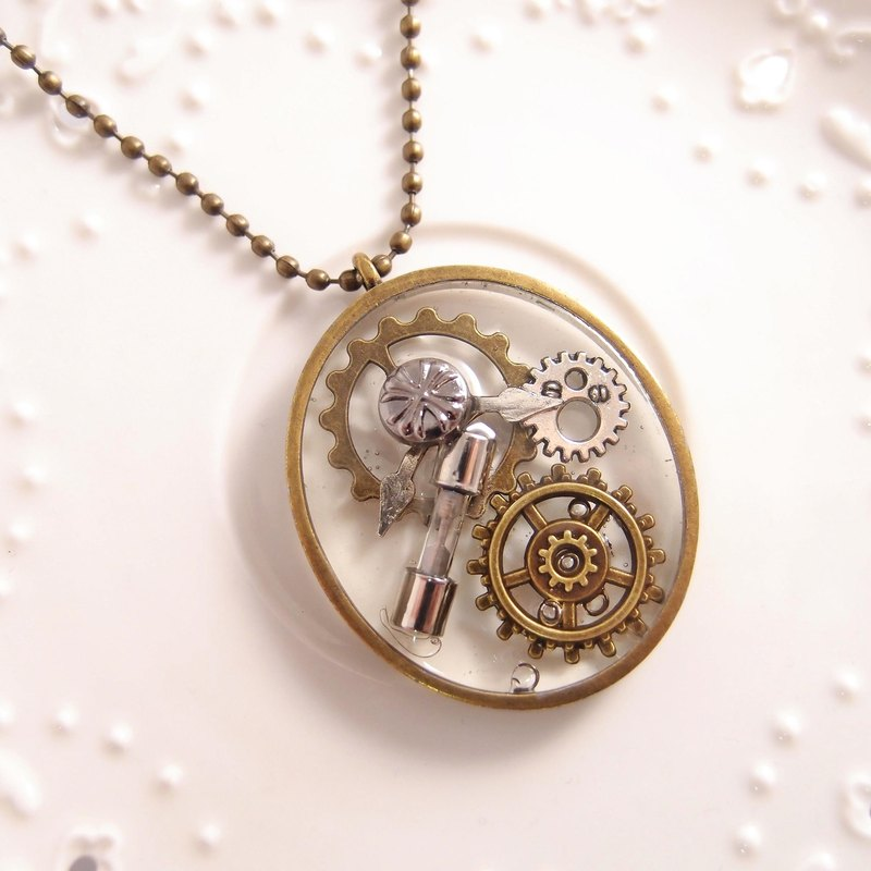 Steam punk. Clear Gemstone x Clock Gear Heart Drill x Handmade Retro Long Necklace