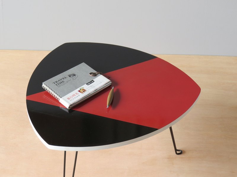 HO MOOD Deconstruction Series - Youpo charm folding table, limited edition.
