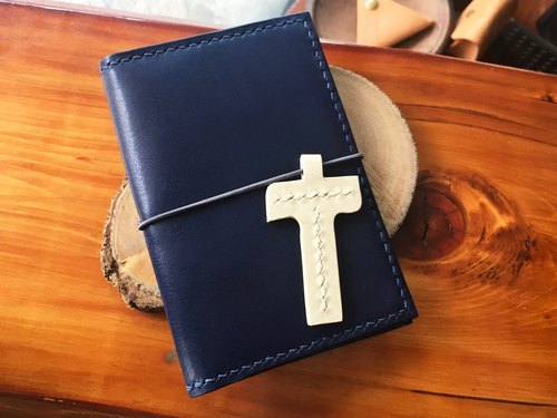 Initial x Double insert pen passport holder well sewn leather material kit free engraving manual bag PASSPORT HOLDER Holder passport holder ID set travel simple and practical Italian leather vegetable suede customized