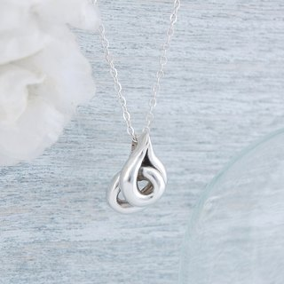 Winding - silver necklace