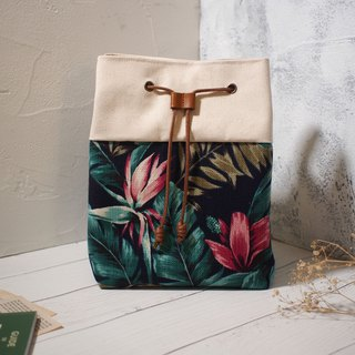 Traveler series cross-body bag / bucket bag / limited edition hand bag / peacock garden / off-the-shelf