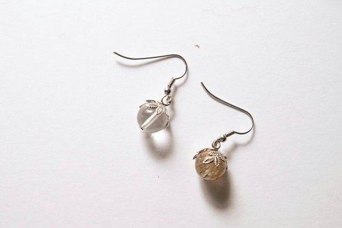 Quicksilver [X] hand made natural stone earrings (White crystal, crystal strawberries)