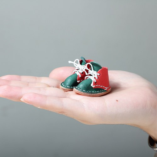 【Yingchuan handmade】 🎄 Christmas limited mini small shoes strap - two-color version of red with green 🎄 Christmas gift / exchange gift / key ring / Christmas gift