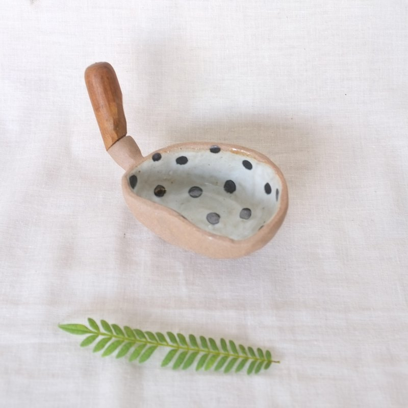 3.2.6. studio: Handmade ceramic tree bowl with wooden handle  dot