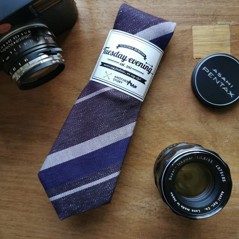 紫色紫羅蘭色陰影條紋領帶-另一個男人
