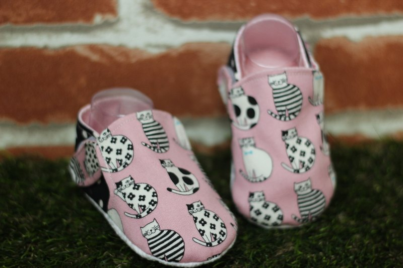 Little cat cat kitten shoes