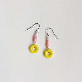 Take the bus together with natural stone glass beads earrings