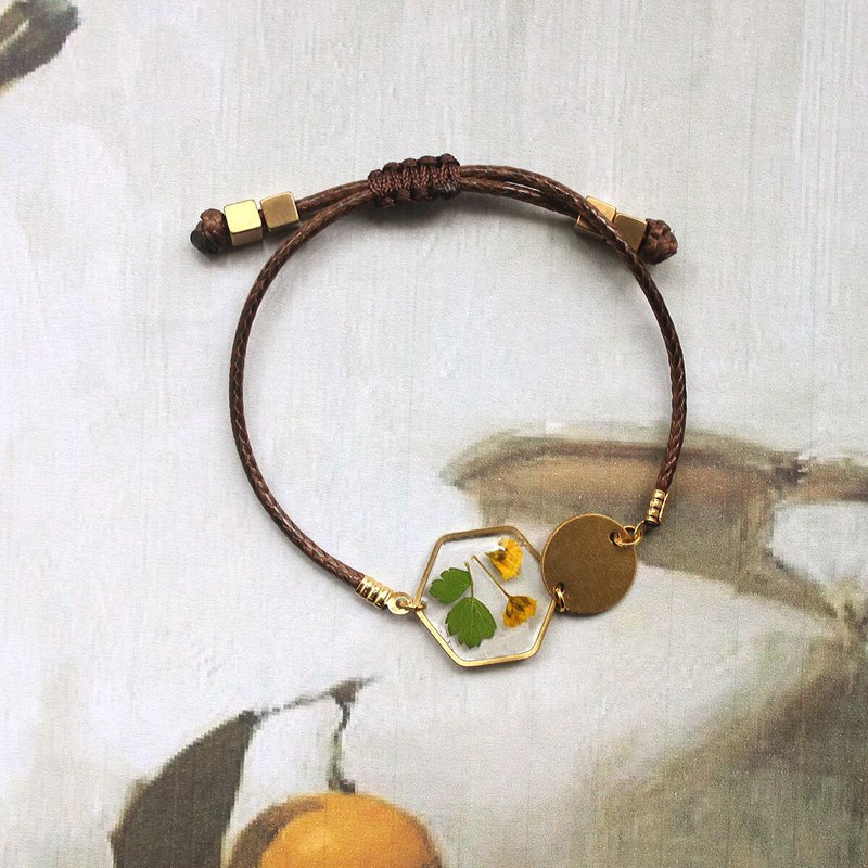 Original design art lovely Sen Department dried flower resin bracelet hand rope