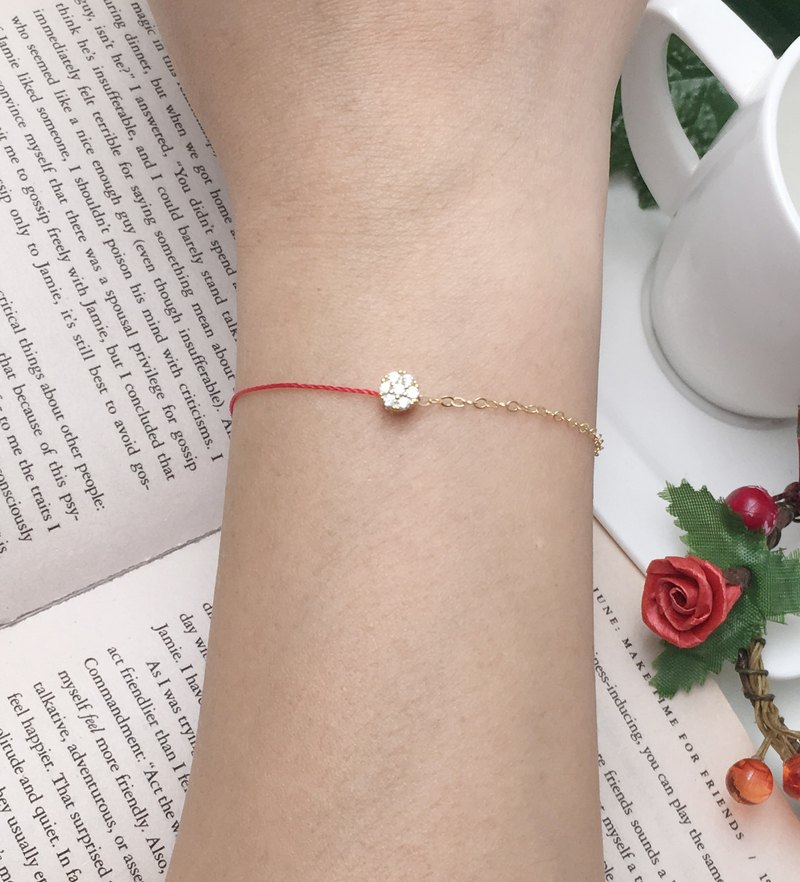Half line half chain gold plated seven small diamond bracelet hand line design red red line bracelet
