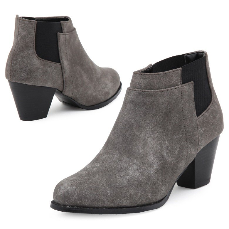 PRE-ORDER  SPUR LAYERED CUT CHELSEA BOOTS HF9094 GREY