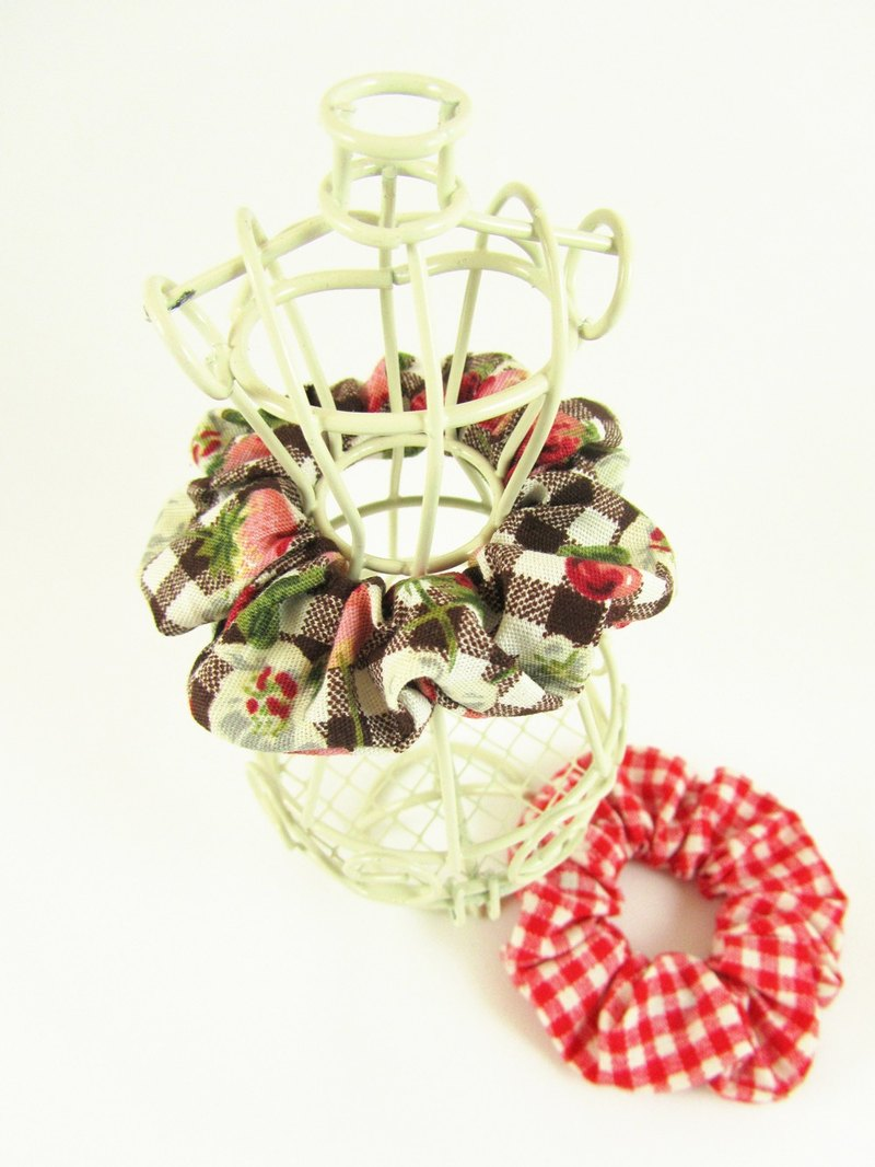 Hand made Mini hair scrunchies - picnic time