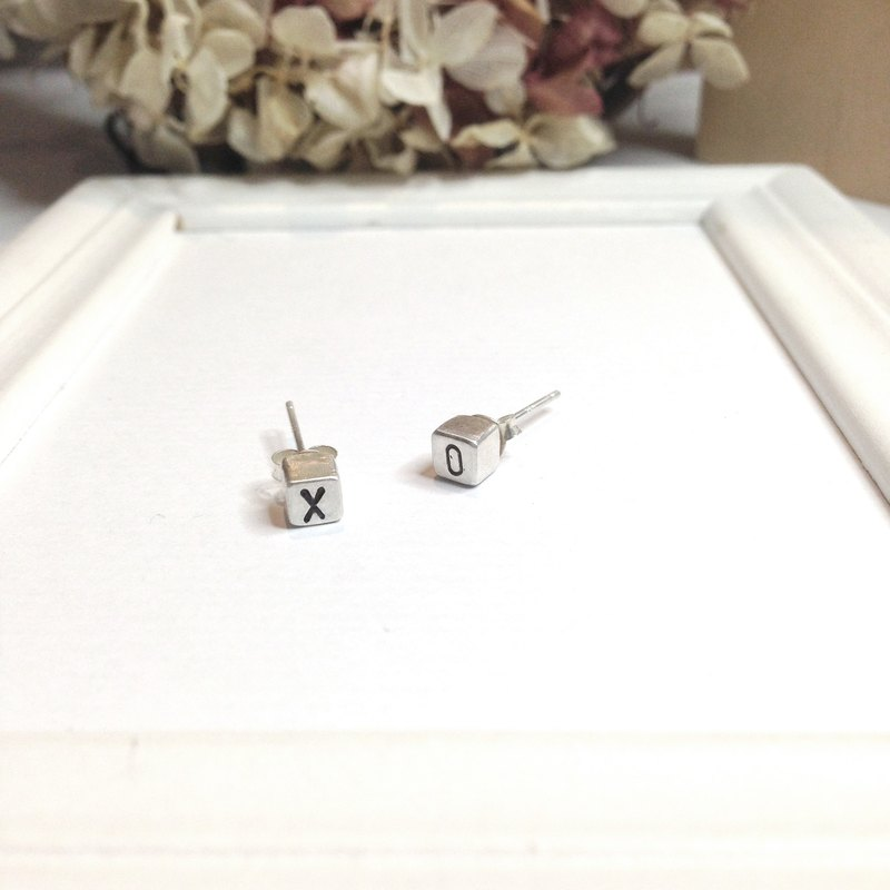Personalized Cute Initial Earring Stud Silver Cube Gift Love XOXO Date Gift