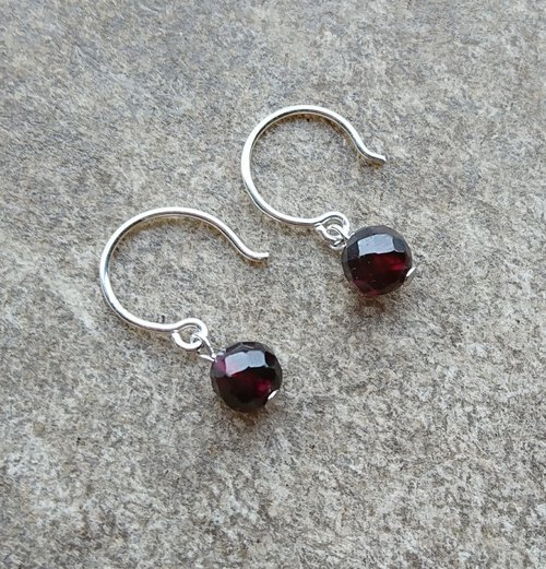 Tiny Garnet Sterling Silver Earrings
