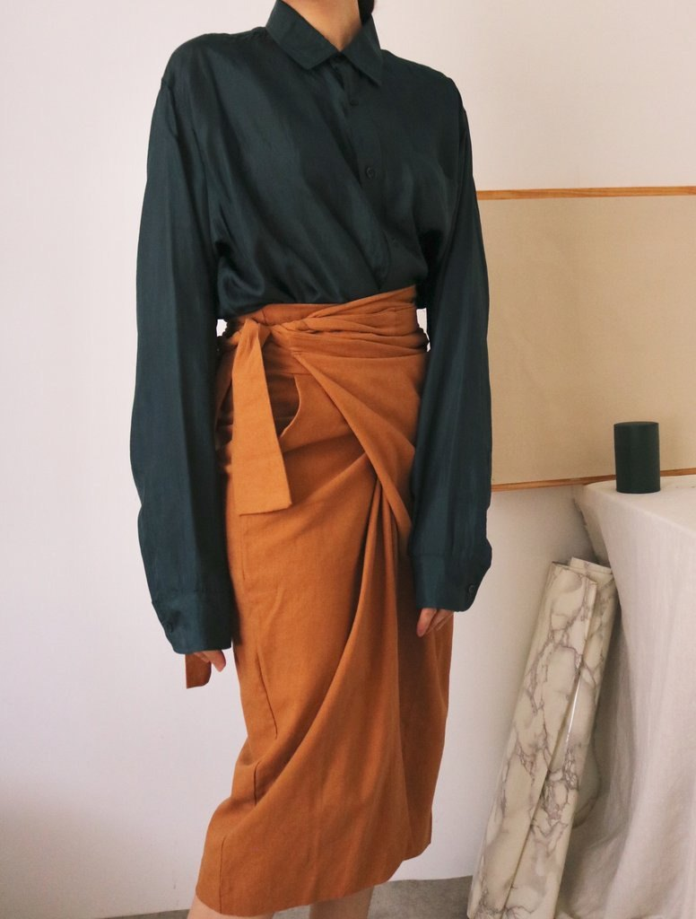 PEINTRE WRAP SKIRT pumpkin-colored one-piece linen strap midi skirt