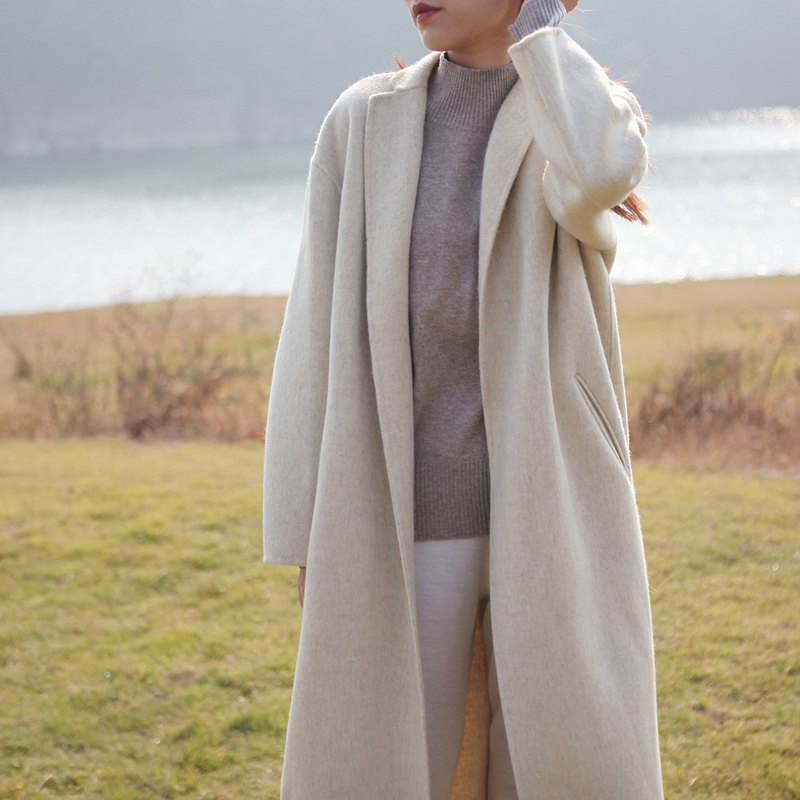 KOOW Lake & Ocean Minimalist Skull Wool Alpaca Double Coat
