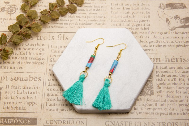 National wind fringe earrings - blue green 2