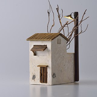 Old street lamp hut night light