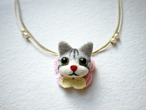 Petwoolfelt - Needle-felted grey tabby cat 2-ways accessories(necklace + brooch)