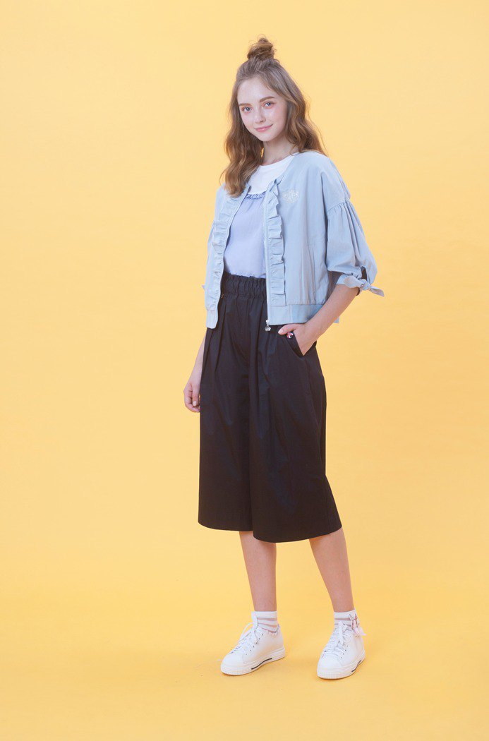 Seventy-eighth wide pants 823F756