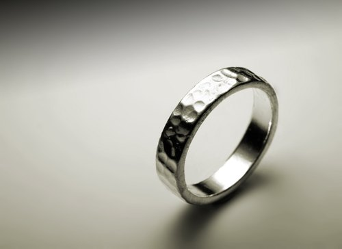 Scratch texture round silver ring