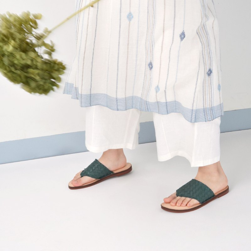 606 dark green hand-woven sandals and slippers