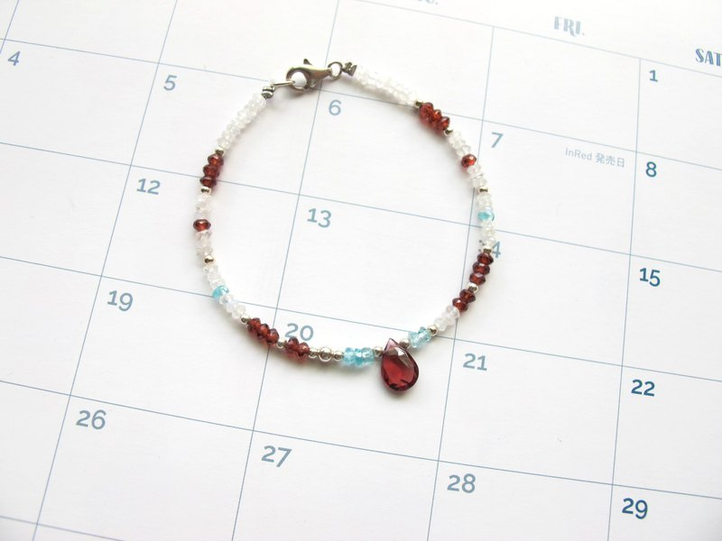 Moonstone x Apatite x Red Pomegranate x 925 Silver [Little Angle Series - Cloud]