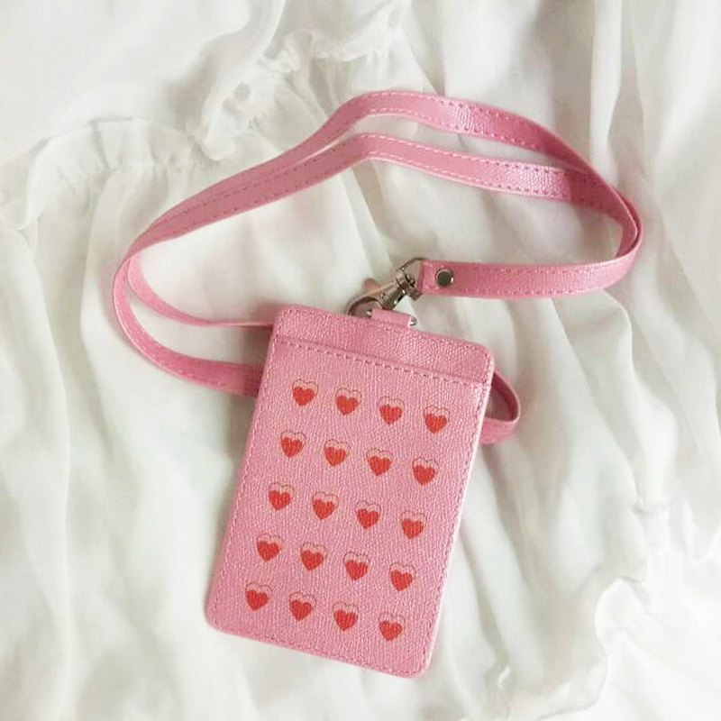 Red Heart - ID Card / Card Holder